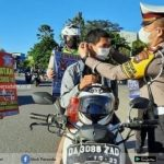 Polres Banjarbaru Ajak Pengguna Jalan Disiplin Prokes COVID-19